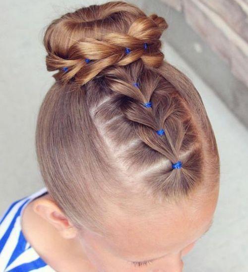 girl013 min - ママが簡単にできる「女の子のヘアスタイル」〜 ディズニー 発表会 結婚式 シチュエーション別の髪型をご紹介