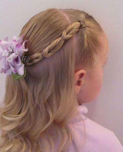 girl016 min - ママが簡単にできる「女の子のヘアスタイル」〜 ディズニー 発表会 結婚式 シチュエーション別の髪型をご紹介