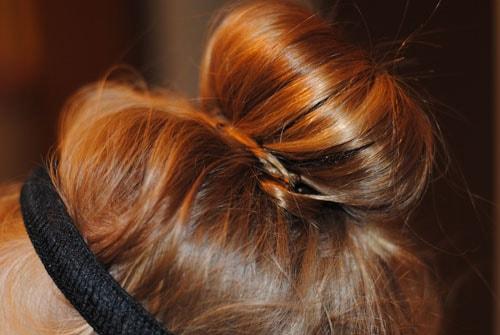 girl0802 min - ママが簡単にできる「女の子のヘアスタイル」〜 ディズニー 発表会 結婚式 シチュエーション別の髪型をご紹介