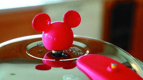 katu04 min - 料理を物理的に楽しくする方法 〜 ミッキーマウス ゼロ活力なべ(R)