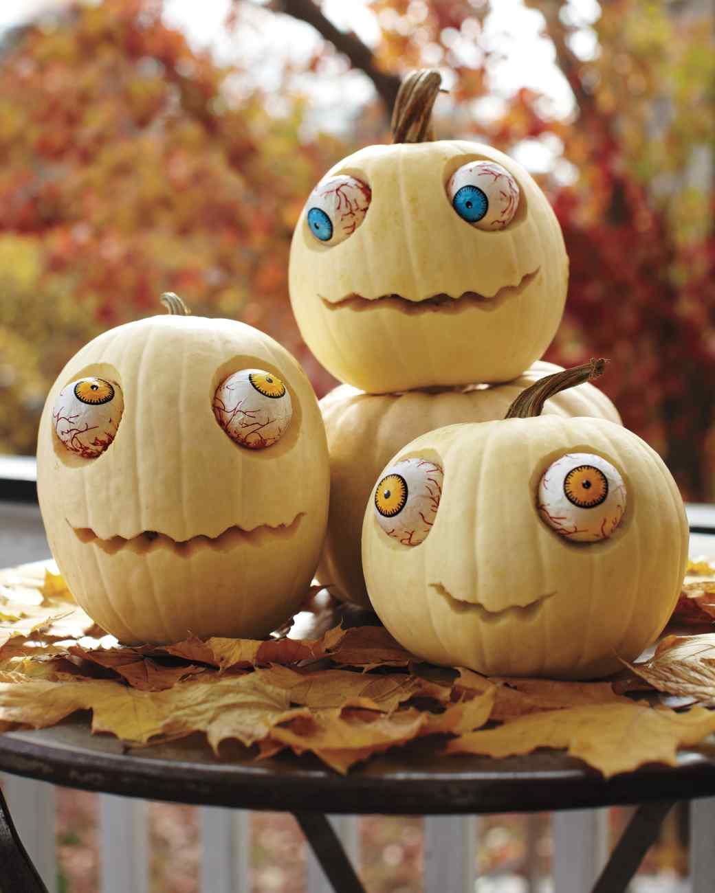 Googly-Eyed Pumpkins