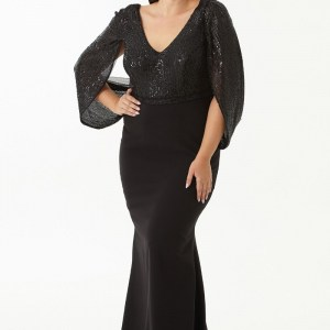 Long Black Gown With Flay Sleeves