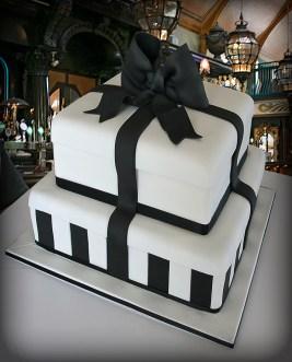 Black and White Tiffany Cake