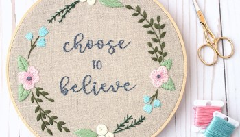 Floral Name Embroidery Hoop Pattern - Cutesy Crafts