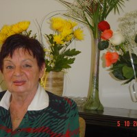 Delia Răzdolescu