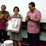 Cutteristic - Kado Ulang Tahun Menteri Keuangan Sri Mulyani Indrawati 10a Mardiasmo Hadiyanto