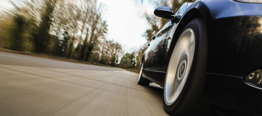 Zoom-Car