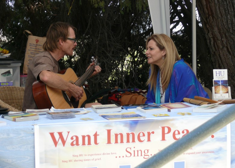 images/Contact in the Desert 2013/inner-peace-singing_9481933350_o