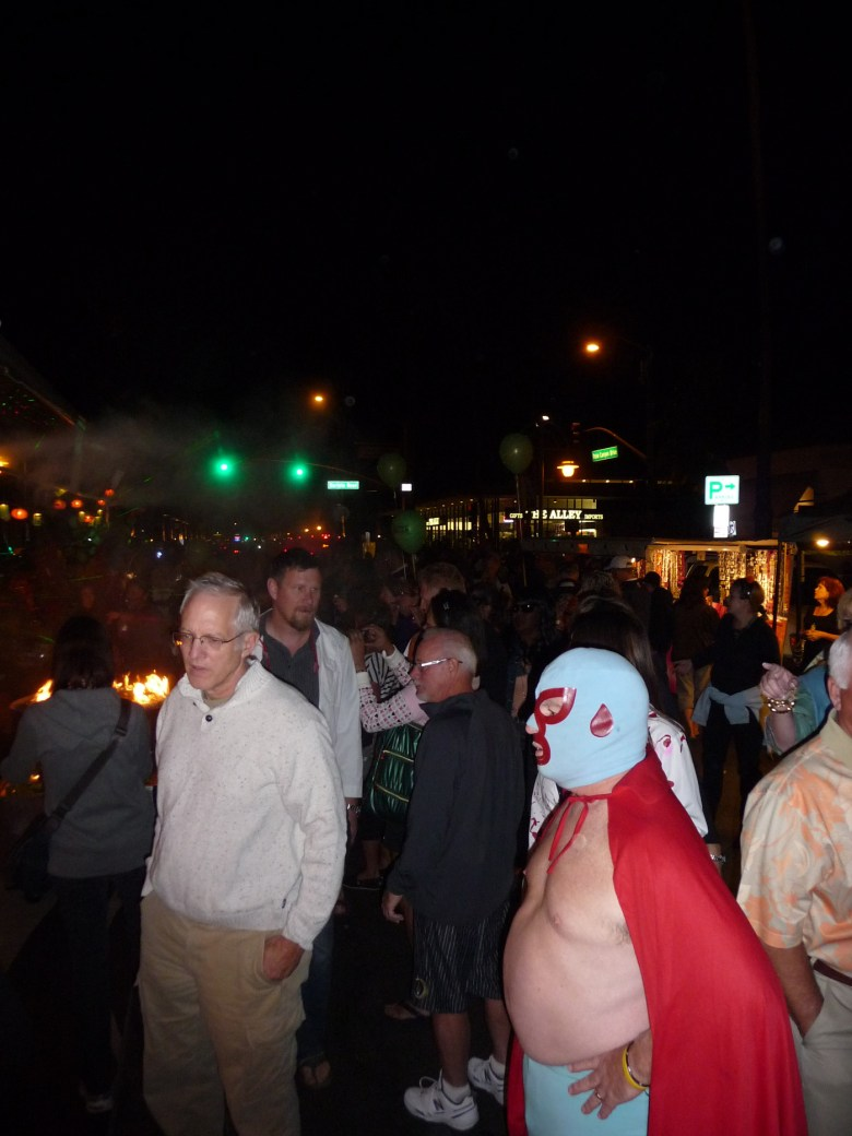 images/Downtown Palm Springs Halloween 2013/lucha-libre_10603883274_o