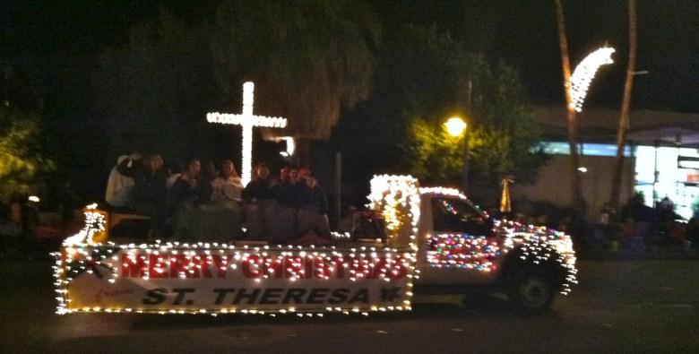 images/Palm Springs Festival of Lights Parade 2013/cross_11274559413_o