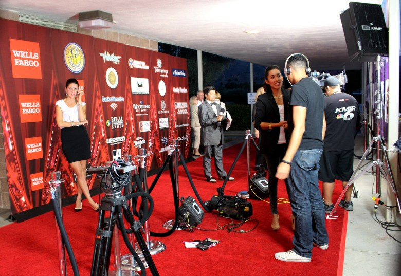 images/Palm Springs International Film Festival 2014 Opening Weekend/red-carpet-boredom_11788539414_o