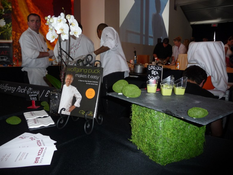 images/2014 PD Food and Wine Festival and Taste of the Saguaro/wolfgangs-soup_13358271773_o