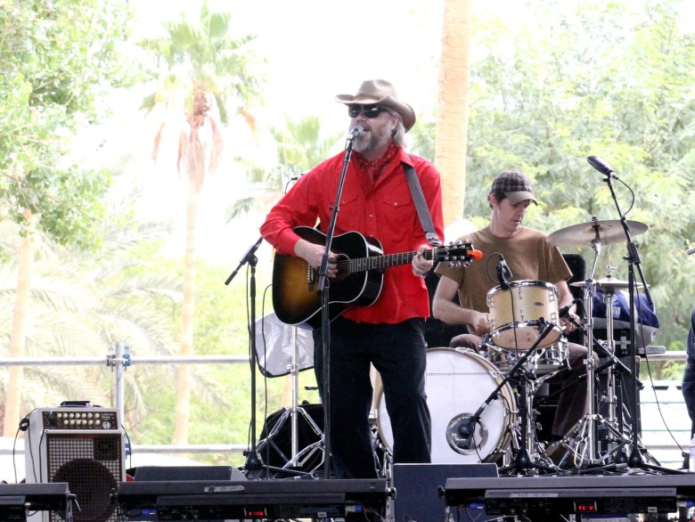 images/Stagecoach 2014 Day 3/i-see-hawks-in-la_14072977633_o