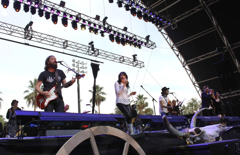 images/Stagecoach 2014 Day 1/katey-sagal-and-the-forest-rangers_14018524432_o