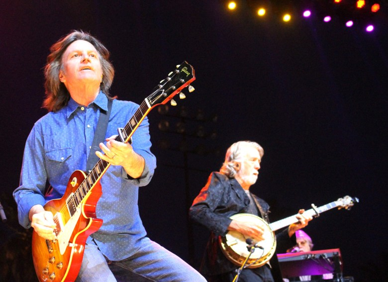images/Stagecoach 2014 Day 2/nitty-gritty-dirt-band_14034785161_o