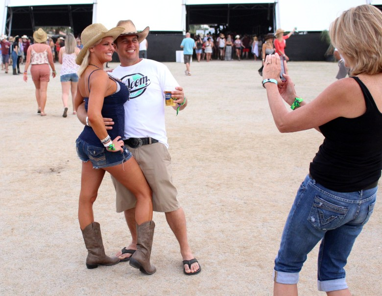 images/Stagecoach 2014 Day 1/smile-for-the-camera-at-stagecoach_14041732273_o