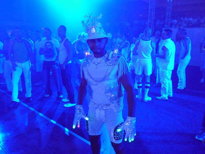 images/White Party 2014/sparkles_14057280243_o