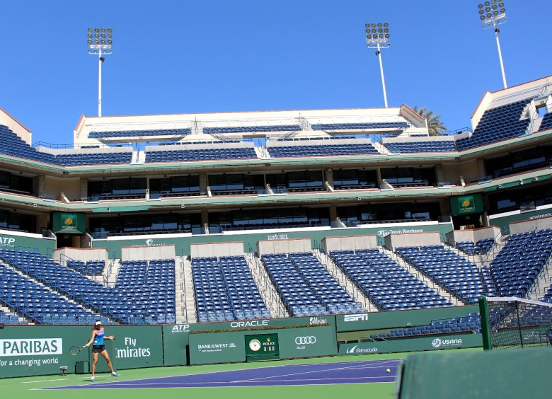 images/BNP Paribas Open 2015 Day One/ana-ivanovic-practices_16778517435_o