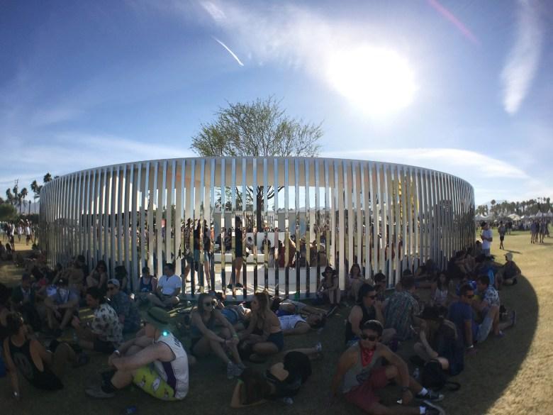 images/Coachella 2016 Friday/2016.Coachella_Fri_Misc.7