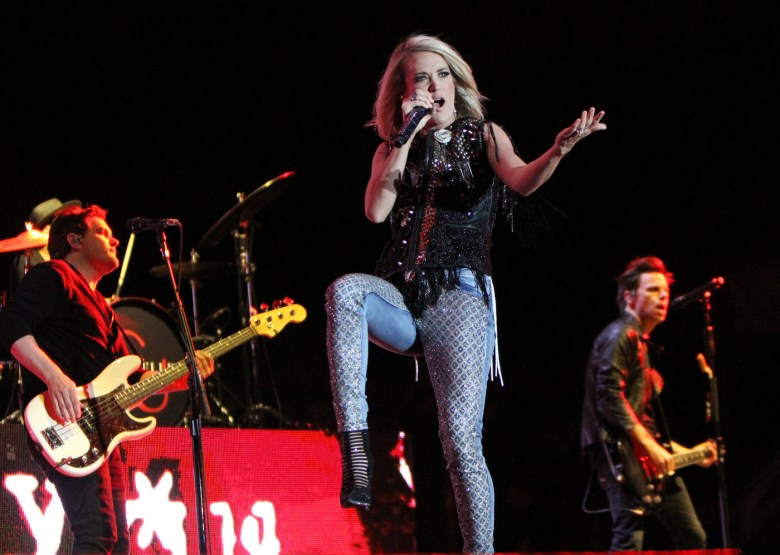 images/Stagecoach 2016 Day 2/2016.Stagecoach_Carrie.Underwood.2