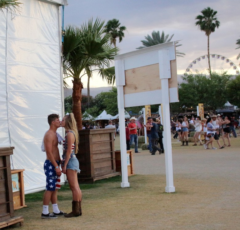 images/Stagecoach 2016 Day 3/2016.Stagecoach_Misc.scenes.2