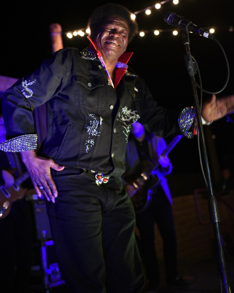 images/Charles Bradley at Pappy and Harriets/DSC_4383