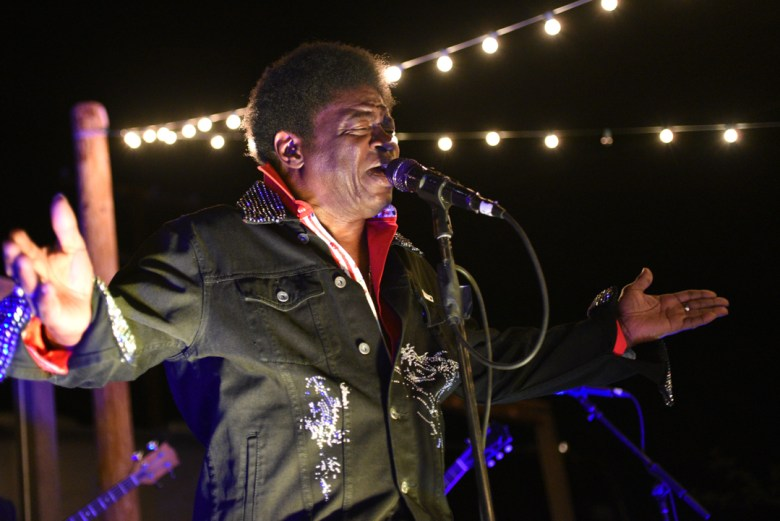 images/Charles Bradley at Pappy and Harriets/DSC_4399