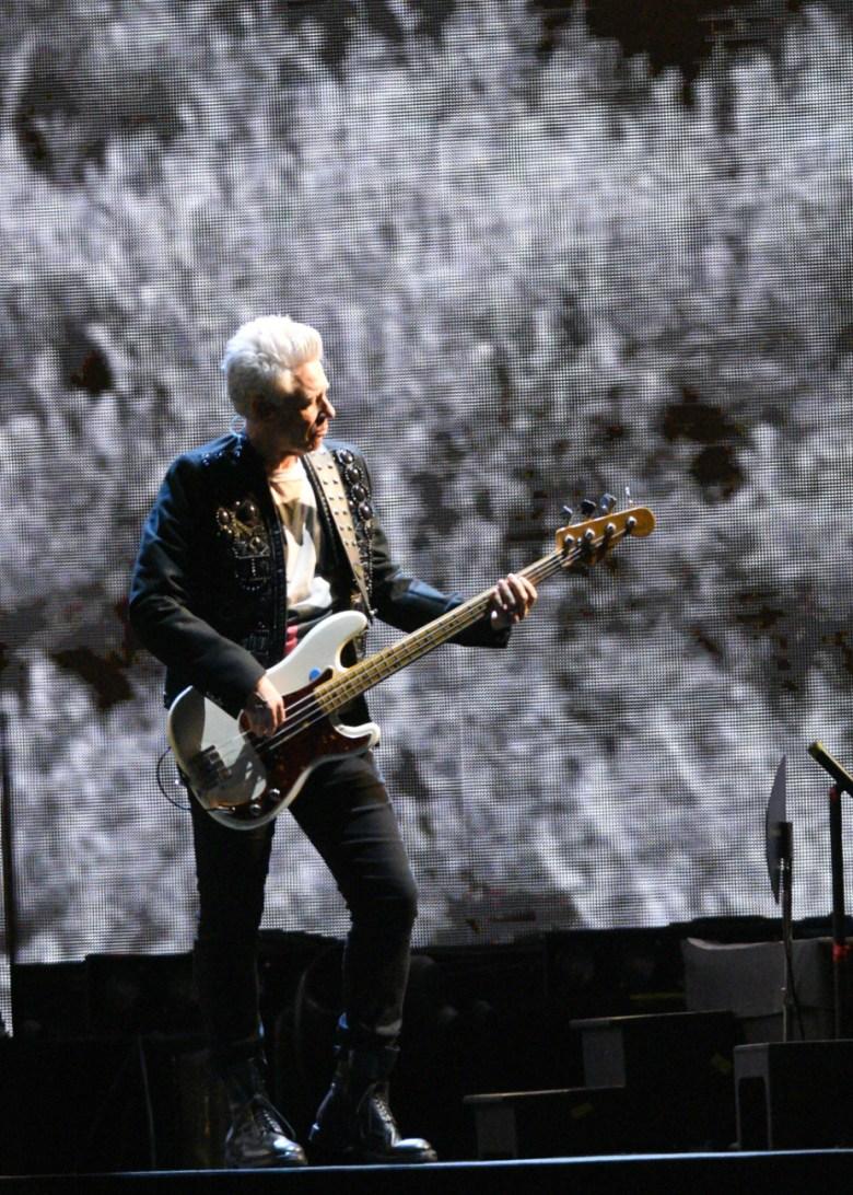 images/U2 at the Rose Bowl/AdamClayton