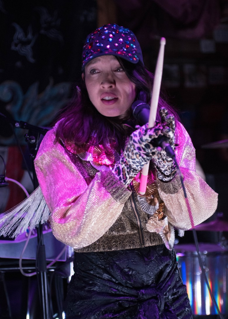 images/Little Dragon at Pappy and Harriets/DSC_5286