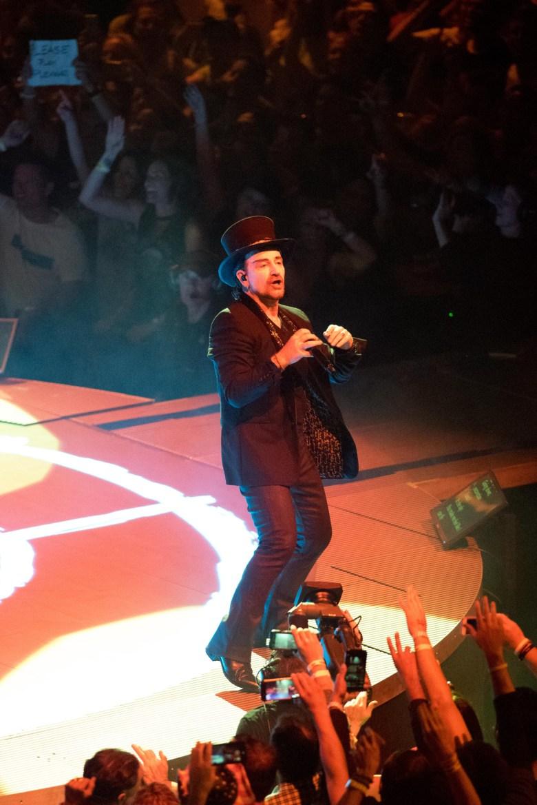 images/U2 at The Forum/DSC_8108