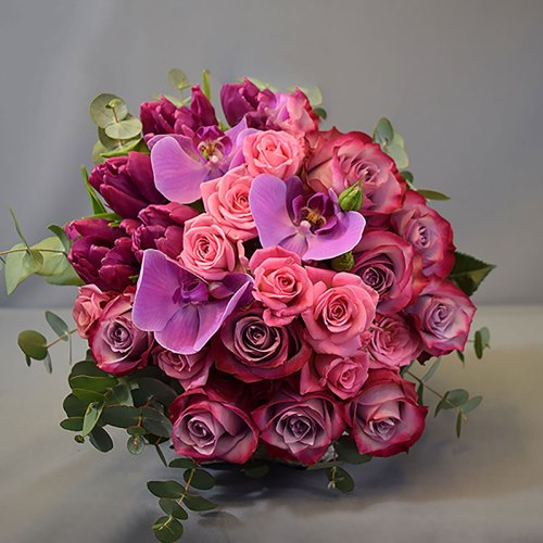 buket-cvijeća-ruže-orhideje-tulipani