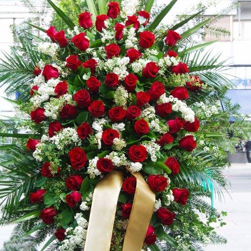 vijenac-za-gsprovod-crvene-ruže
