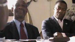 Le Secrétaire général du car (Jean KISSI) à droite et a son coté le président du parti PDP (KAGBARA BISSABI)