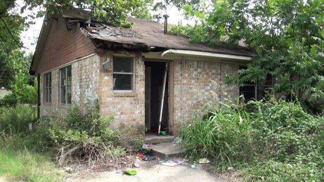 City of Houston sues landlord
