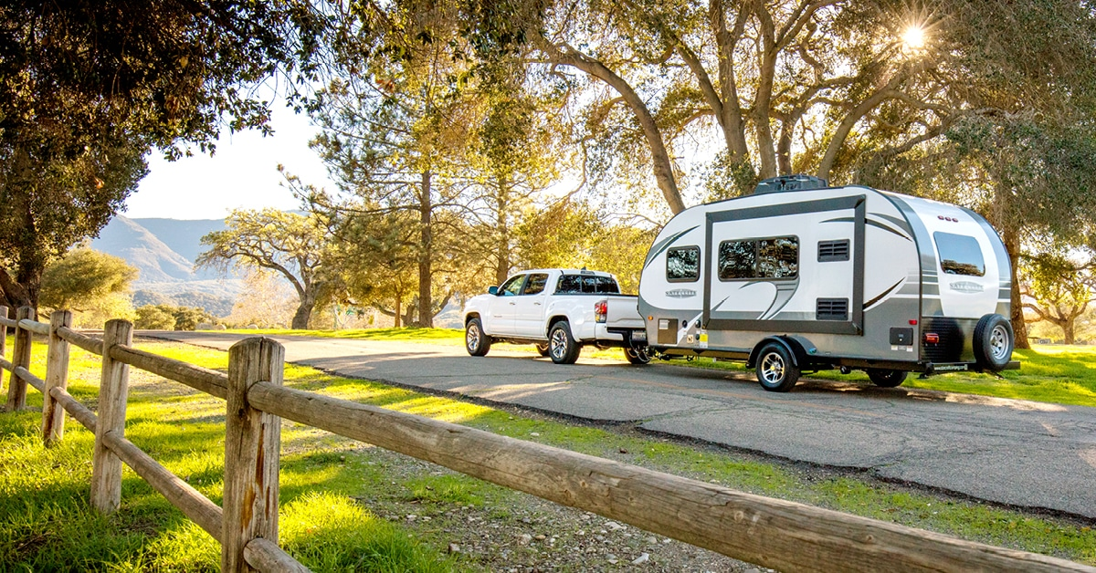 Tow vehicle with travel trailer