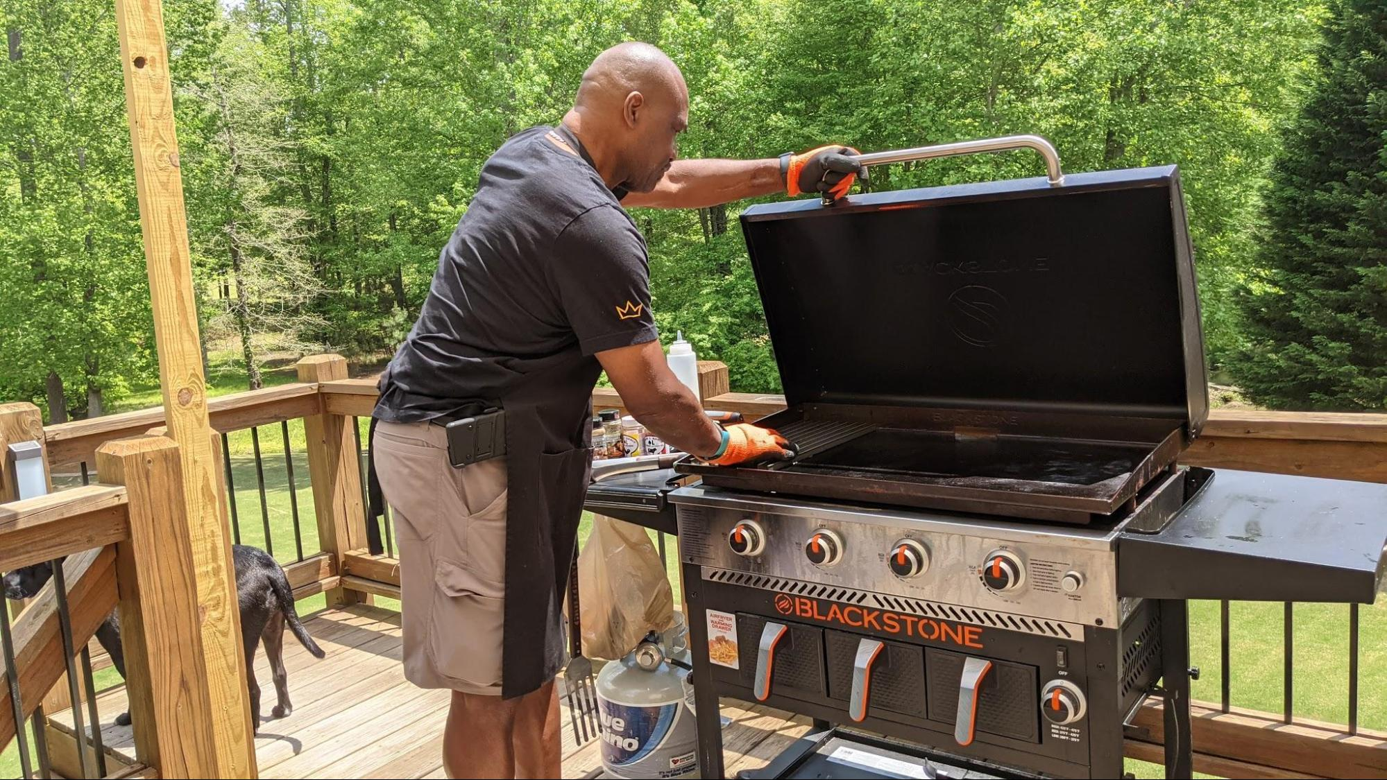Keith Sims Prepping Grill