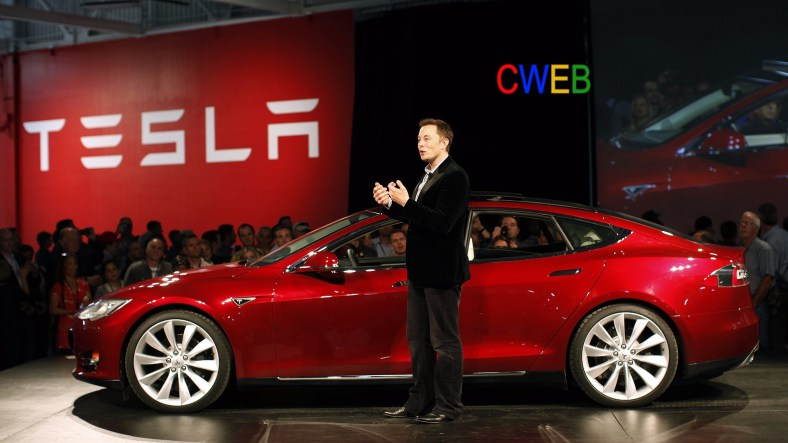 Tesla-Model-S-Elon-Musk-2011