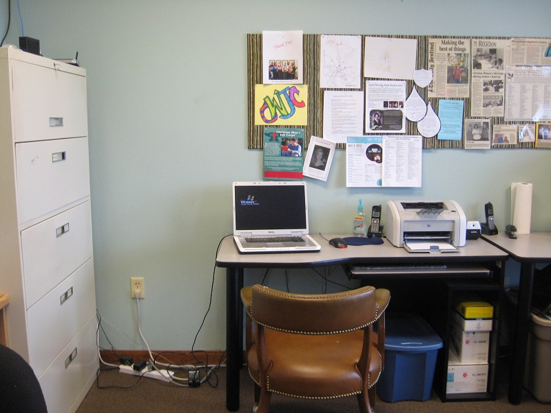 Picture of an office work space
