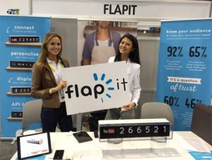 promote your social networks at a trade show