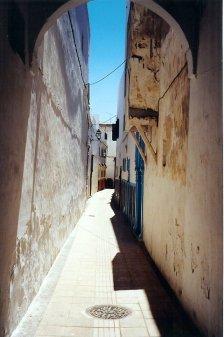 ma1999-casbah-oudaia-rabat-ruelle