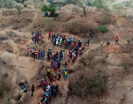 Ran Mine Disaster: 30 miners feared dead