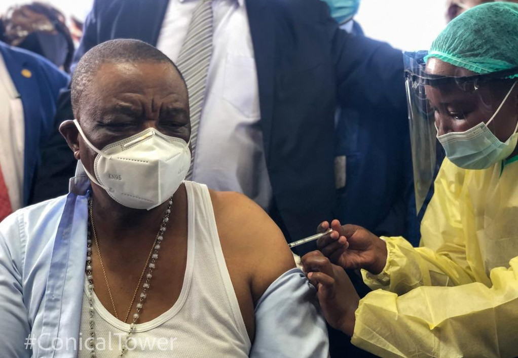 VP Chiwenga Issues Warning To Zimbabweans Yet To Be Vaccinated Against Covid-19