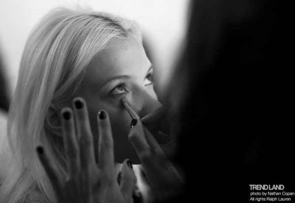 ralph lauren backstage nyfw10 12 600x413 From The First Sketches to the Runway: Exclusive Ralph Lauren Backstage
