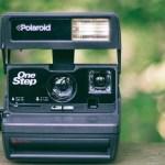 ポラロイドカメラで撮る世界観を表現する作家