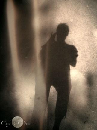 dancing between the folds of light- a selfie