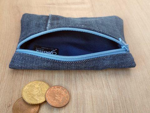 portemonnaie-rectangulairebleu-ouvert