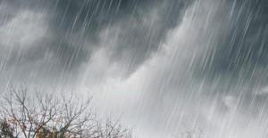 tetesan-hujan-deras