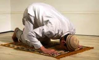 Hukum Menggabung Niat Shalat Sunnah