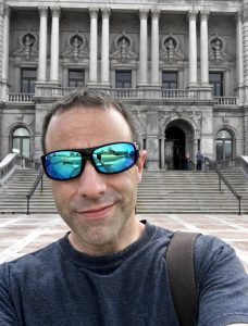 Dan standing in front of the library of congress