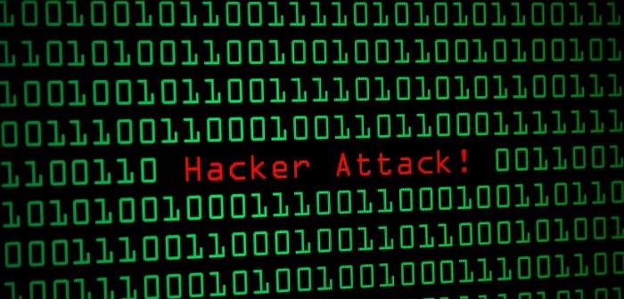 Facebook a Microsoft zablokovali stovky stránok, hakeri už útočia aj na republikánov